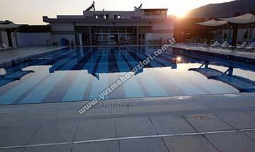 Buharkent Belediyesi Yarı Olimpik Yüzme Havuzu